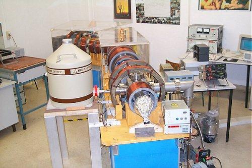 Positron Annihilation Spectroscopy Pas Helmholtz