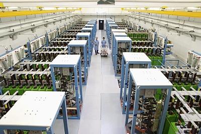 Hochfeld-Magnetlabor Dresden: Kondensatorbank