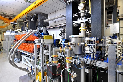 The two THz sources at the ELBE accelerator: the diffraction radiator source (right) and the undulator source (orange part).