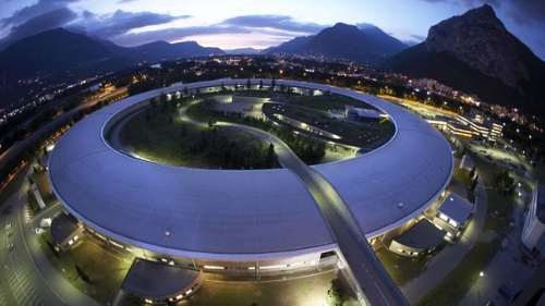 The European Synchrotron Radiation Facility – ESRF (Photo: P.Ginter/ESRF)